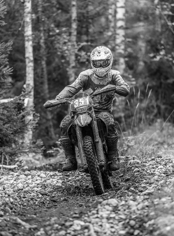 Ung motocrossakare illa skadad